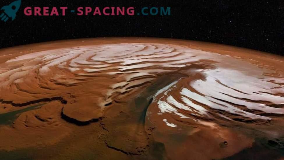 Che aspetto ha la calotta polare di Marte