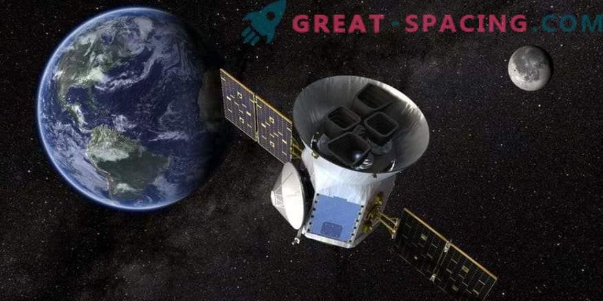 TESS mostra il primo pianeta extrasolare!