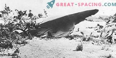 Incidente di Roswell - 1947 Gli ufologi sono sicuri che i militari hanno nascosto la nave aliena naufragata
