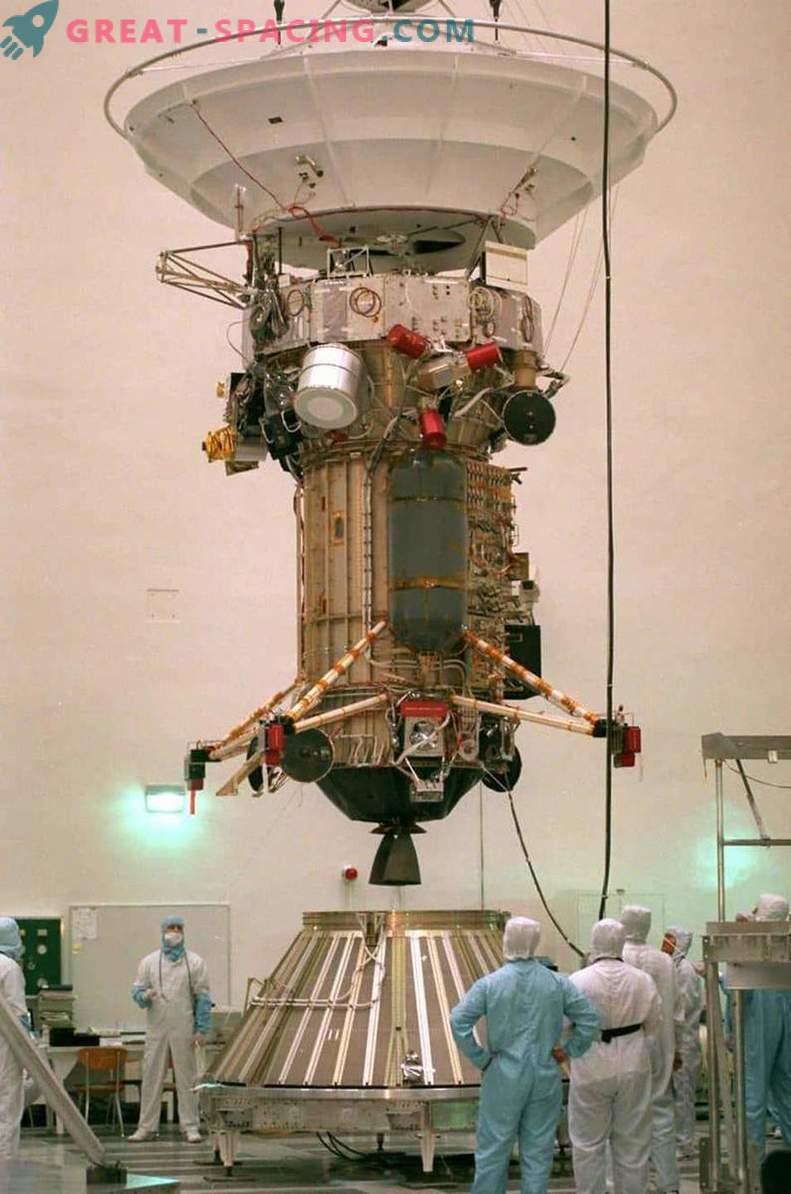Ultimi preparativi prima dell'immersione finale di Cassini
