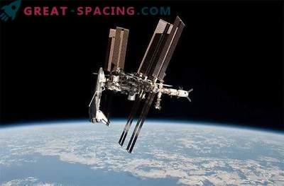 Rifornimento della flotta spaziale: foto