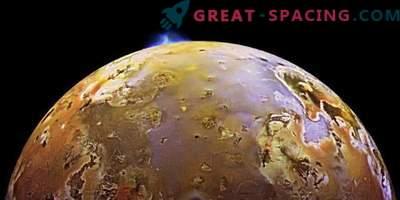 Missione Giunone ha fotografato le emissioni vulcaniche sul satellite Io