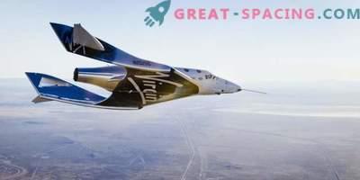 New SpaceShipTwo rende il primo volo gratuito