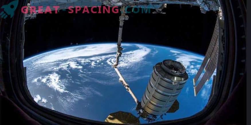La cooperazione spaziale tra USA e Russia rimane in vigore