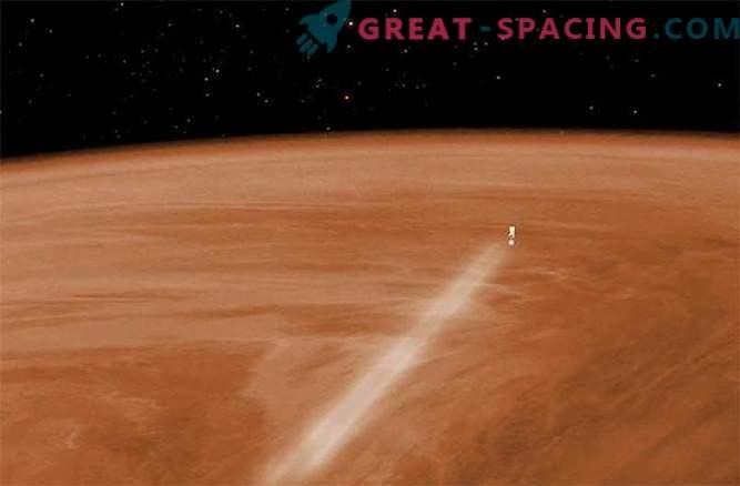 La navicella spaziale cominciò a
