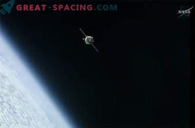 La navicella Soyuz è arrivata sulla ISS con un ritardo, ma senza incidenti