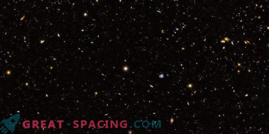 Deep Southern Field di Hubble