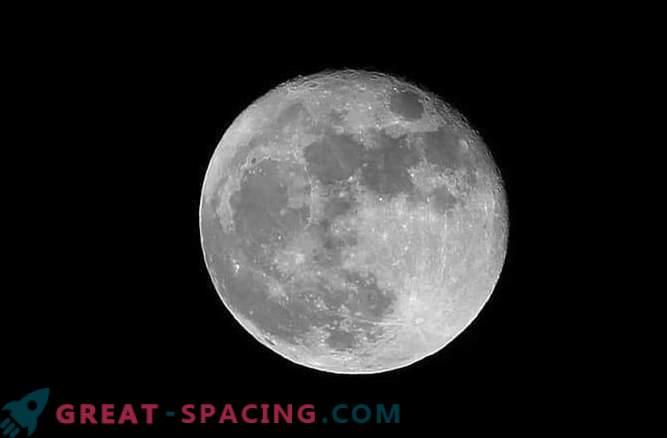 La luna ha un cuore magnetico