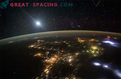 Fantasmi sfuggenti sigillati dallo spazio