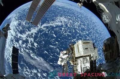 Splendida vista dalla stazione spaziale