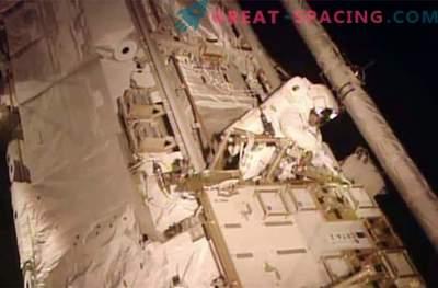Gli astronauti hanno affrontato con successo la fuoriuscita di ammoniaca tossica