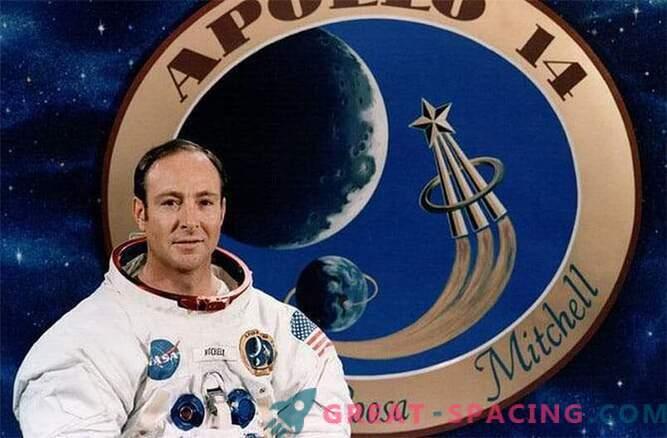 All'età di 85 anni, l'astronauta Arollona-14 Edgar Mitchell morì